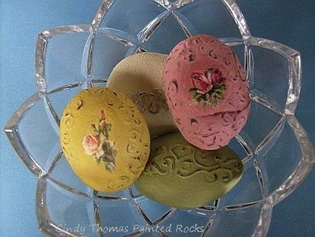 How To Paint Shabby-Chic Rocks