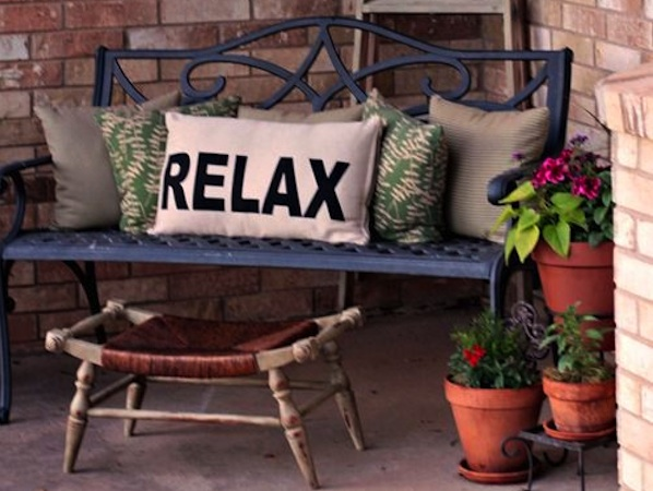 Front Porch Ideas For Spring Breast Cancer Healing