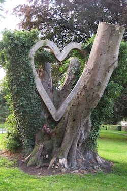 Sculpture Tree Art For Healing Garden