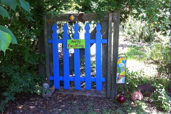Color Therapy and Garden Gates Ideas For Breast Cancer Healing Garden