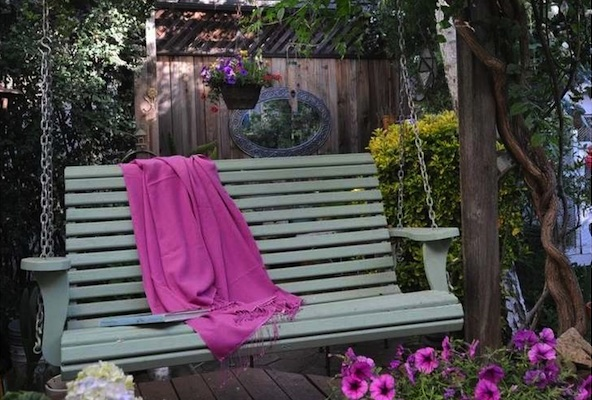 Therapeutic Swing Ideas For Healing Garden