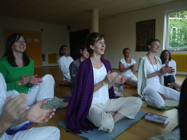 How Kirtan Chants Can Help Heal