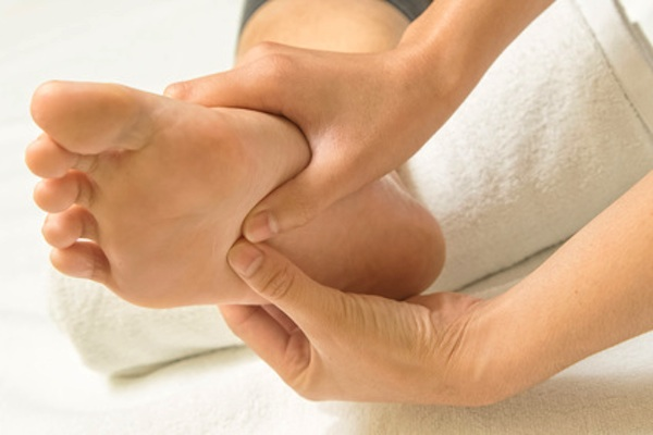 Advantages of Reflexology for Breast Cancer