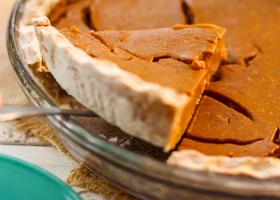 fruit-sweetened-pumpkin-pie-recipe-for-breast-cancer-diet
